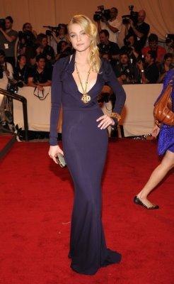 Met Gala 2010 - Jessica Stam