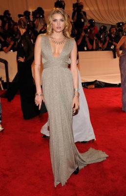 Met Gala 2010 - Lily Donaldson