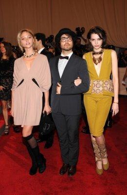 Met Gala 2010 - Sasha Pivovarova , Sean Lennon & Kemp Muhl