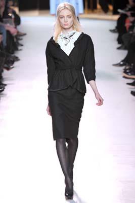 Nina Ricci F/W 2011 - Melissa Tammerijn