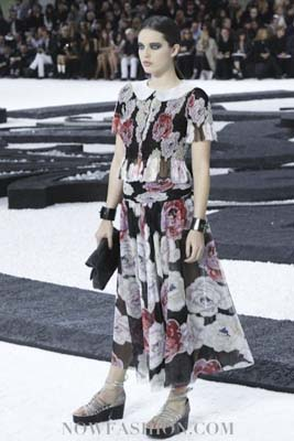 Chanel S/S 2011 : Emily DiDonato