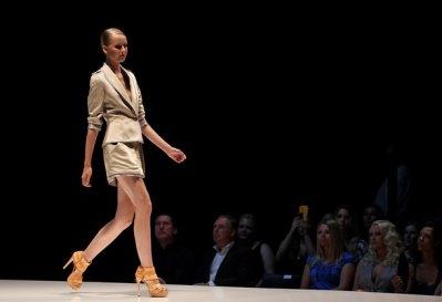 MICHALSKY S/S 2011 - Lisanne De Jong