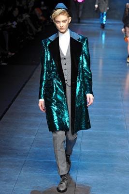 Dolce & Gabbana F/W 2011 - Patricia van der Vliet