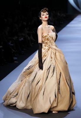 Christian Dior Haute Couture S/S 2011 - YuliaK harlapanova