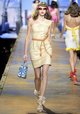 Christian Dior S/S 2011 : Yulia Kharlapanova