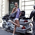 altamira: Models Off Duty – Joan Smalls