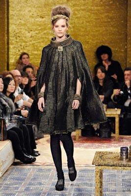 Chanel Paris-Byzance Pre Fall 2011 - Sara Blomqvist