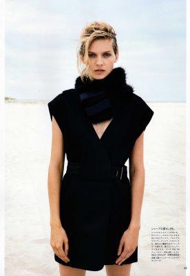 Vogue Nippon October 2010 : Karolin Wolter