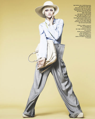 Vogue Korea April 2011 - Sasha Pivovarova