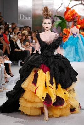 Christian Dior Haute Couture F/W 2010:Kim Noorda