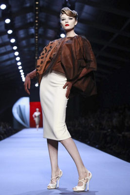 Christian Dior Haute Couture S/S 2011 - Maryna Linchuk