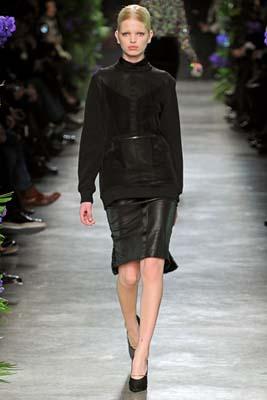 Givenchy F/W 2011 - Daphne Groeneveld
