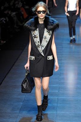 Dolce & Gabbana F/W 2011 - Josephine Skriver