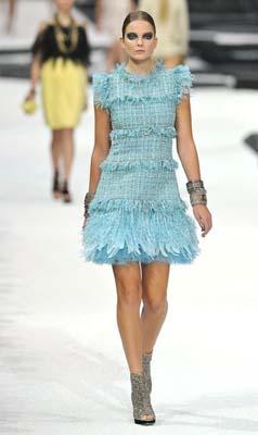 Chanel S/S 2011 : Eniko Mihalik