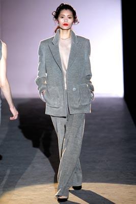Hakaan F/W 2011 - Ming Xi