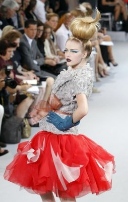 Christian Dior Haute Couture F/W 2010:Vlada Roslyakova