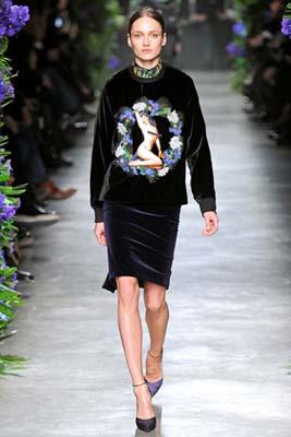Givenchy F/W 2011 - Karmen Pedaru