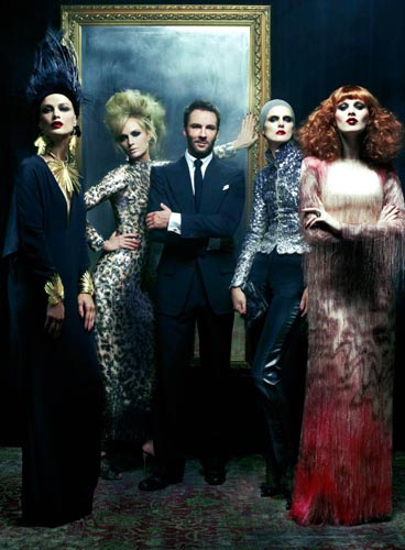 CVogue December 2010 - arolyn Murphy,Amber Valletta,Tom Ford,Stella Tennant & Karen Elson
