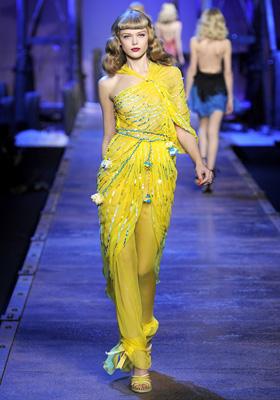 Christian Dior S/S 2011 : Frida Gustavsson