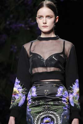 Givenchy F/W 2011 - Laura McCone