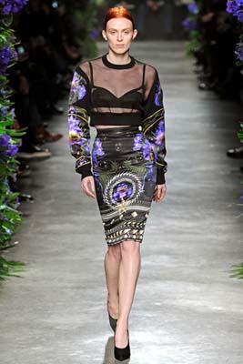 Givenchy F/W 2011 - Karen Elson