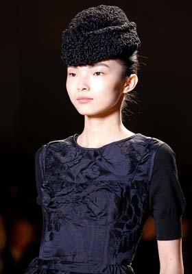 Rochas F/W 2011 - Xiao Wen