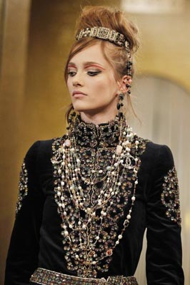 Chanel Paris-Byzance Pre Fall 2011 - Karmen Pedaru