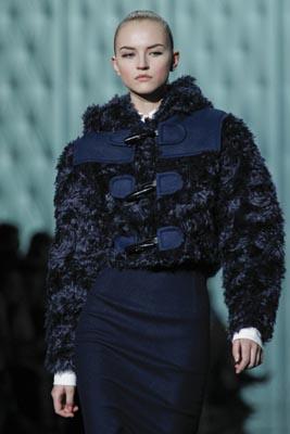 Marc Jacobs F/W 2011 - Anabela Belikova