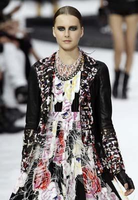Chanel S/S 2011 : Lisanne De Jong