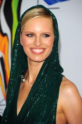 2011 CFDA Fashio Awards - Karolina Kurkova