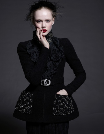 NORTHERN WOMEN IN CHANEL - Frida Gustavsson