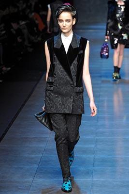 Dolce & Gabbana F/W 2011 - Zuzanna Bijoch