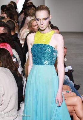 Alex Perry S/S 2011/12 - Julia Nobis