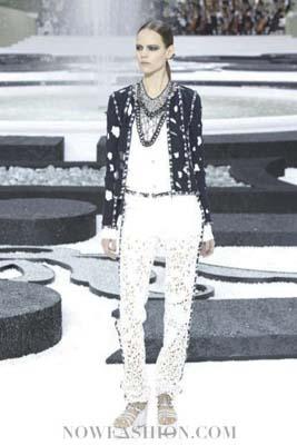 Chanel S/S 2011 : Freja Beha Erichsen