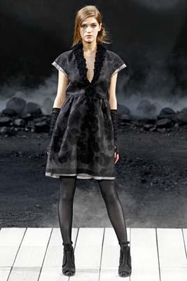 Chanel F/W 2011 - Samantha Gradoville