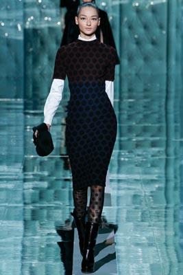 Marc Jacobs F/W 2011 - Bruna Tenorio
