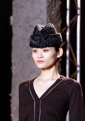 Rochas F/W 2011 - Ming Xi