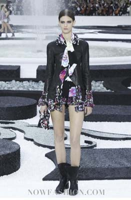 Chanel S/S 2011 : Kendra Spears