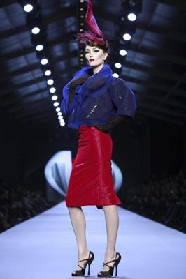 Christian Dior Haute Couture S/S 2011 - Iekeliene Stange