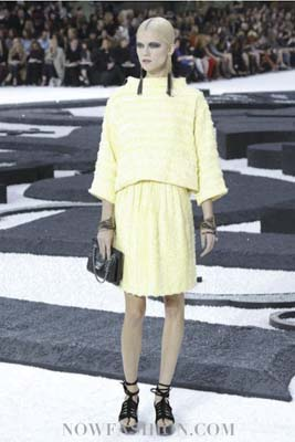 Chanel S/S 2011 : Kasia Struss