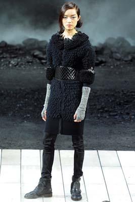 Chanel F/W 2011 - Fei Fei Sun
