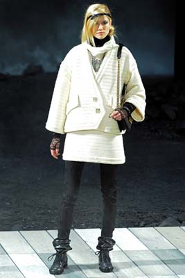 Chanel F/W 2011 - Kasia Struss