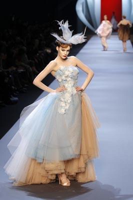 Christian Dior Haute Couture S/S 2011 - Julia Ivanyuk