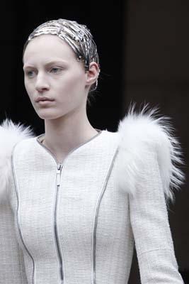 Alexander McQueen F/W 2011 - Julia Nobis