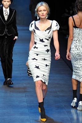Dolce & Gabbana F/W 2011 - Edita Vilkeviciute