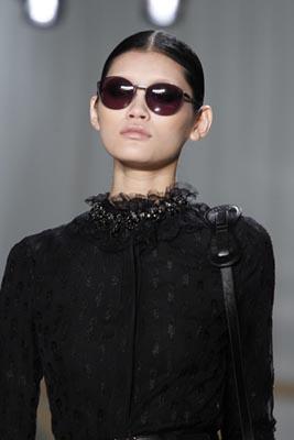 Jason Wu F/W 2011 - Ming Xi