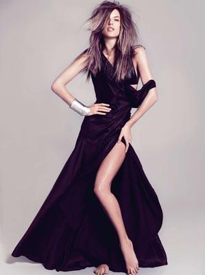Harper's Bazaar España February 2011 : Alessandra Ambrosio