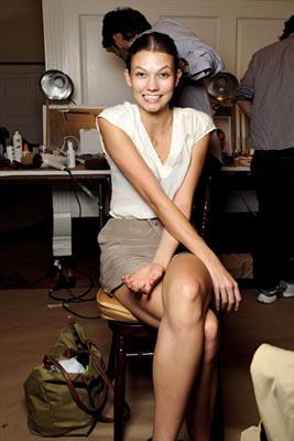 Oscar de la Renta S/S 2011 : Oscar de la Renta S/S 2011 : Karlie Kloss