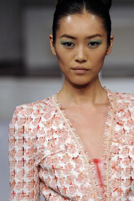 Oscar de la Renta S/S 2011 : Liu Wen