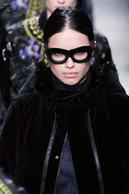 Givenchy F/W 2011 - Adriana Lima